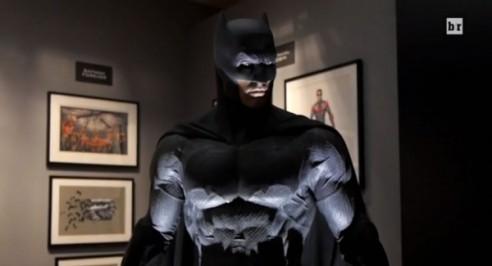 batman-v-superman-costume-600x325