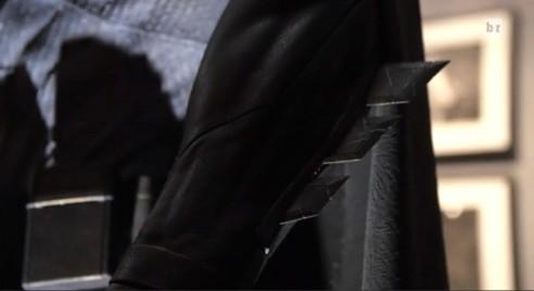 batman-v-superman-costume-greaves-600x328