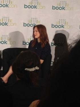 Julianne Moore talking at a BookCon Panel